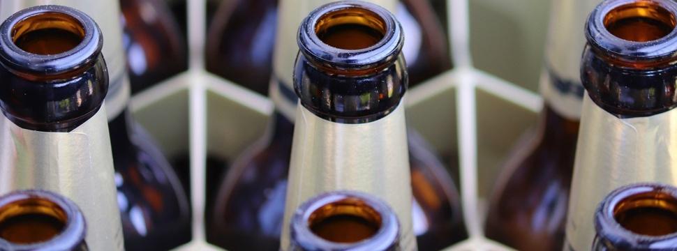 Zulieferer, Zuliefererindustrie, Getränkeindustrie, Flaschen, Bierkasten